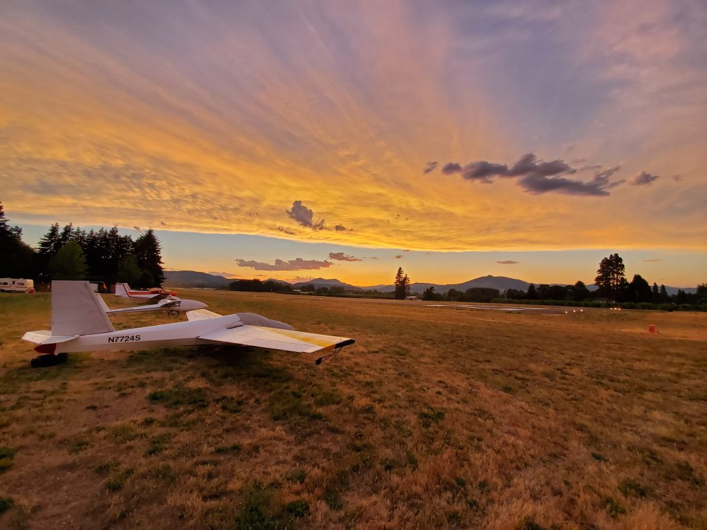 Sunset at the glider port by S Gilchrist