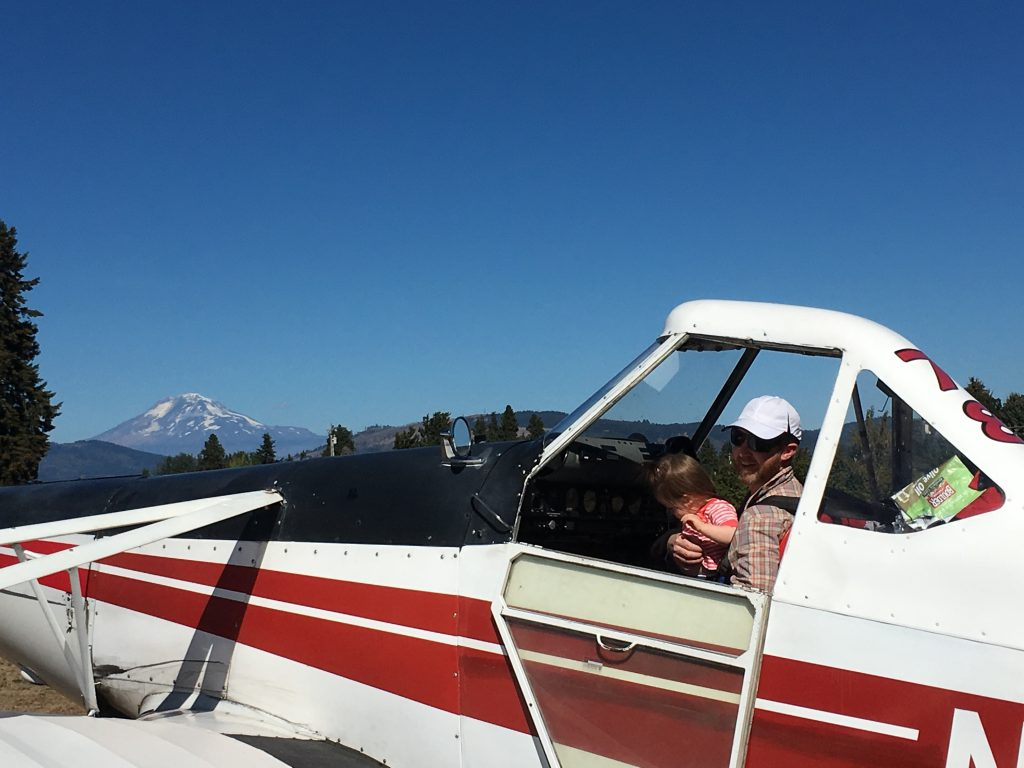 Tow pilot, Mark, with daughter, Claire