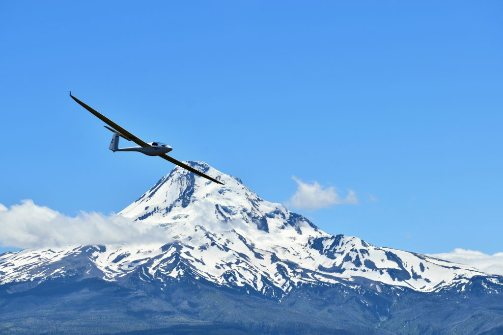 2MB over Mt Hood by S Mack